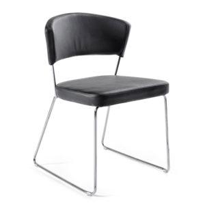 Cedat tuoli, musta